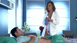 Brazzers - messy nurse kiera rose acquires some large 10-Pounder