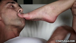 Gorgeous ballerina gives an amazing footjob